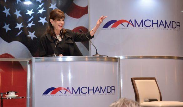 Embajadora EE.UU realiza visita al Ministro de Turismo