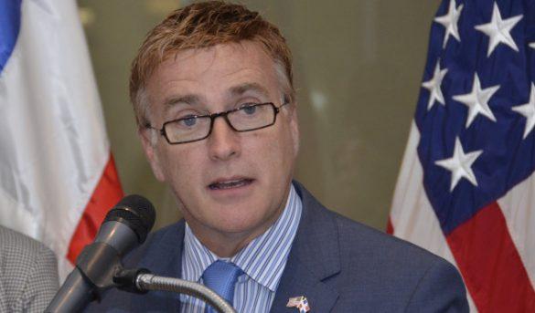 """Ex embajador EEUU considera a RD como uno de los """"lugares más seguros, Exhorta a sus conciudadanos a no tener miedo de visita RD"""