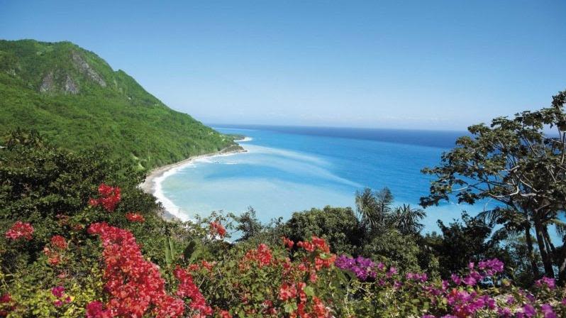 Playas dominicanas para aplacar el calor