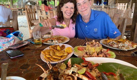 Embajadora EE UU en RD visita Bahía de las Águilas en Pedernales