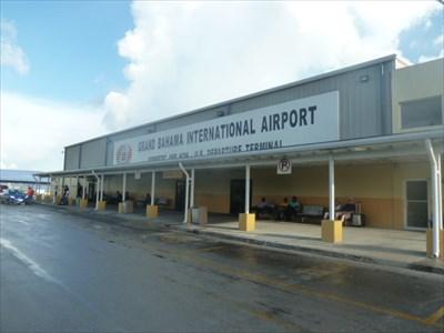 Así quedo el aeropuerto de Bahamas tras el paso de Dorian