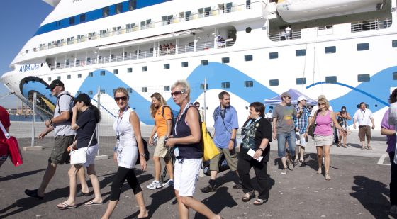 Esta semana llegan a púertos RD 04 cruceros con 23 mil visitantes