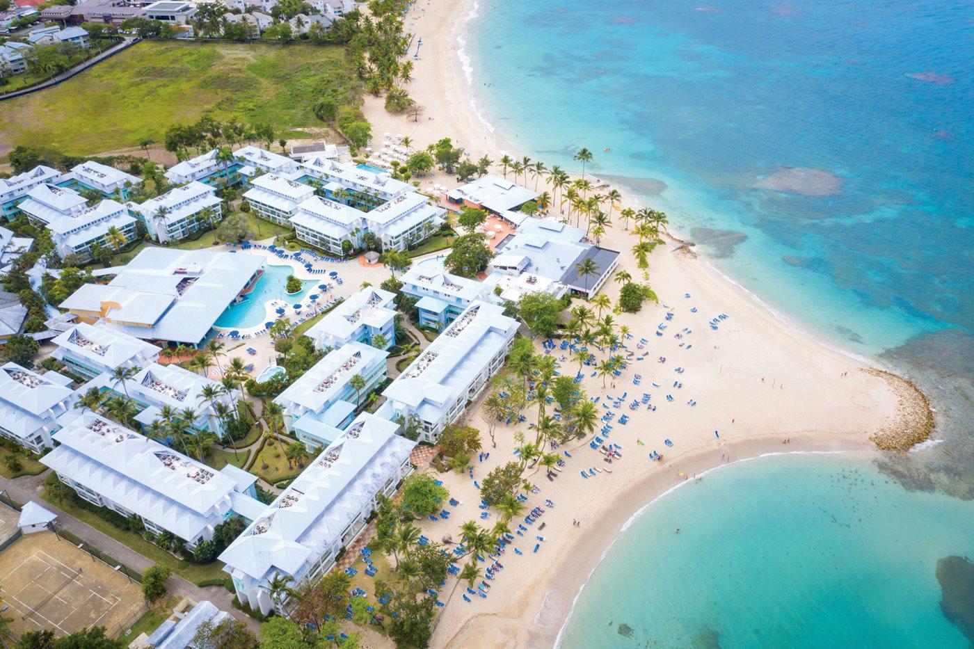 Hoteleros de Playa Dorada valoran decreto de Medina sobre seguridad turística