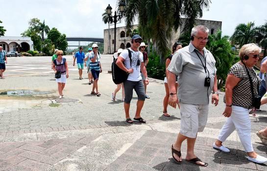 Llegada de turistas crece 0.4 % hasta el mes de agosto