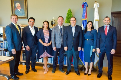 Grupo de Inversionistas  se reúne con el Ministro de Turismo, anuncian un nuevo hotel en Santo Domingo