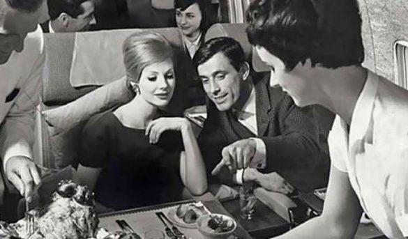 ¿Cómo nació la primera clase en las aerolíneas?