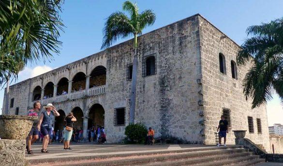 Ciudad Colonial será primer destino turístico inteligente