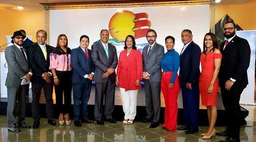 """Mitur celebró """"Día del Dominicano Ausente"""" en aeropuerto del Cibao"""