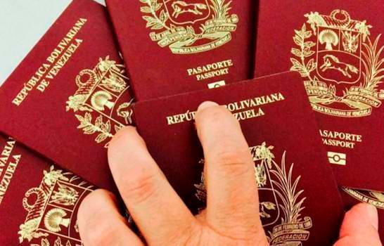 ¿Qué documentos deben presentar los venezolanos para obtener la visa dominicana?
