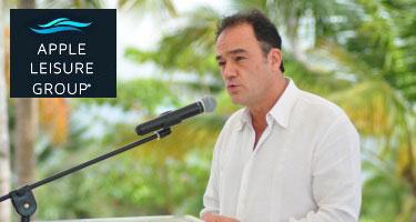 Zozaya aboga ante Medina por el pre-chequeo de pasajeros en Punta Cana