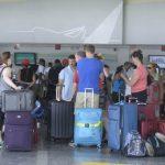 Turistas europeos abandonan la República Dominicana en vuelos especiales
