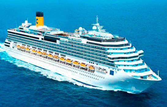 Suspenden de manera indefinida atraque y desembarco de crucero en todos los puertos del país