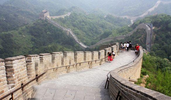 El turismo vuelve (con cuentagotas) a la Gran Muralla China