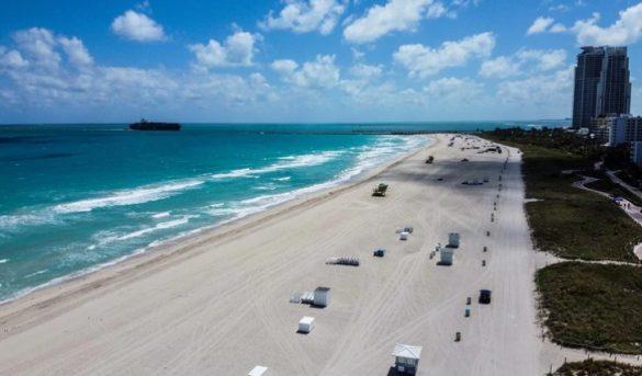 El gobernador de Florida autorizó la reapertura de las playas con horarios limitados