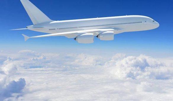 Tráfico aéreo sufre en marzo caída histórica del 52.9 % en un año