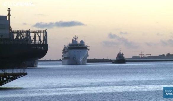 Crucero con casos de Covid-19 a bordo logró desembarcar en Uruguay