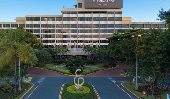 El Embajador, a Royal Hideaway hotel permanece abierto