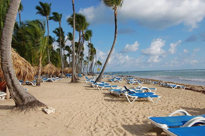 La llegada de turistas cae 43.4 % hasta abril en República Dominicana por el COVID-19