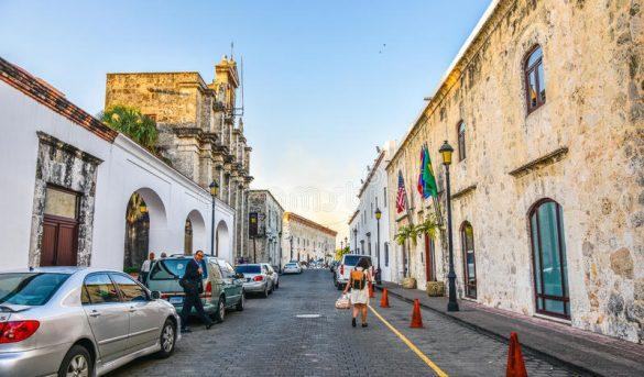 Crean sello para dar seguridad al turismo en Zona Colonial de Santo Domingo