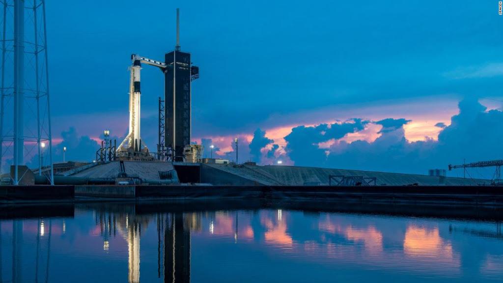 El mal tiempo impidio lanzamiento misión tripulada de SpaceX