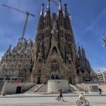 La Sagrada Familia, en Barcelona, España no reiniciará las obras hasta que vuelva el turismo