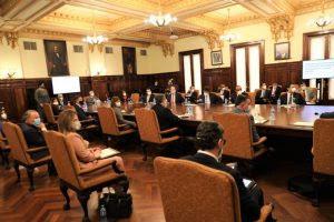 Pdte. Dominicano, Danilo Medina consulta líderes sector turismo para reabrir economía