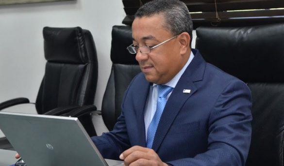 Alejandro Herrera: recuperación transporte aéreo comercial requiere un esfuerzo conjunto
