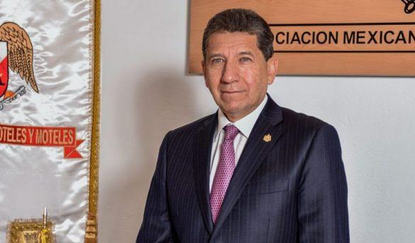 En Cancún hoteleros planean abrir el 1 de junio