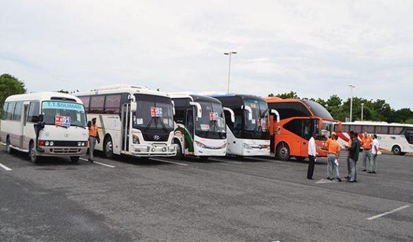 Transportistas turismo reclaman acceso préstamos de la banca