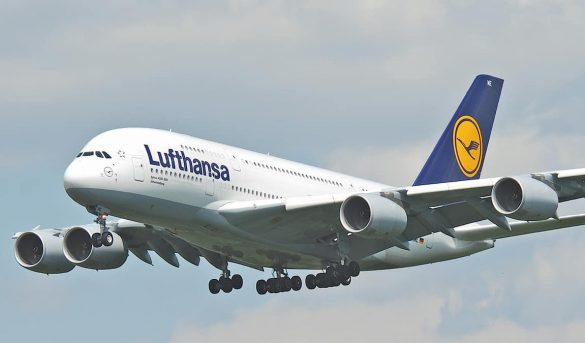 Las aerolíneas programan un verano a medio gas y centrado en Europa
