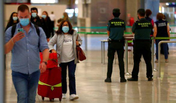 En Europa los aeropuertos reabren con normalidad a pesar de las críticas a los controles anticovid