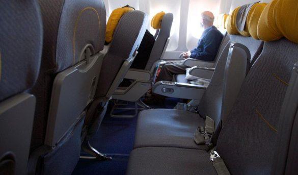 ¿Los asientos medios vacíos ayudarán al distanciamiento social en los aviones?