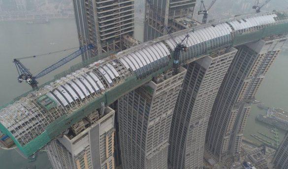 China inaugura Crystal, el rascacielos horizontal (sí, horizontal) más alto del mundo