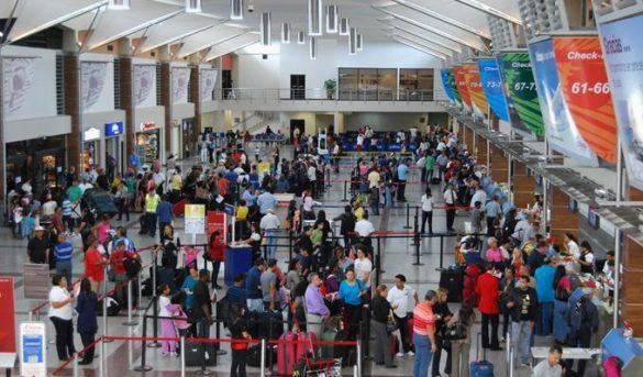 Director Aviación Civil dice aerolíneas no pueden vender boletos hasta que se les autorice