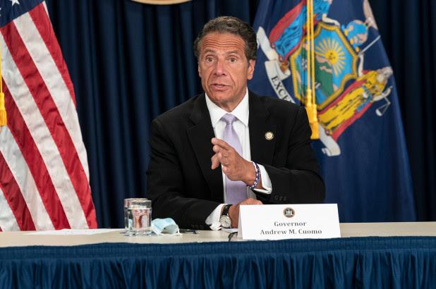El Turismo tiene problema en Nueva York gobernador Cuomo puede retrasar la cena en interiores en medio del resurgimiento del coronavirus