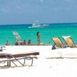 Hoteleros esperan turistas puedan permanecer en las playas sin aglomeración