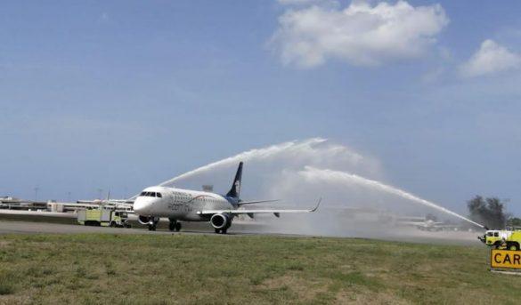 Autoridades dan la bienvenida al reinicio de los vuelos de Aeroméxico a Santo Domingo