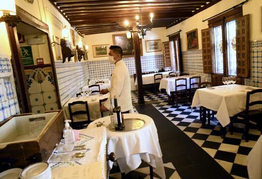 En el Restaurant Casa Botin, en Madrid, España  hay un horno de leña que nunca se ha apagado desde 1725