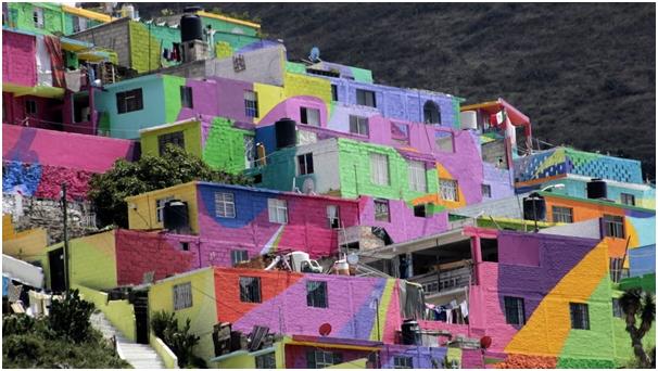 Favelas y barrios pobres multicolores, atractivos turísticos en América Latina