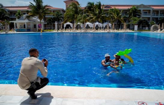 """El turismo en tiempos de COVID-19, """"un desastre"""" para todo el Caribe"""