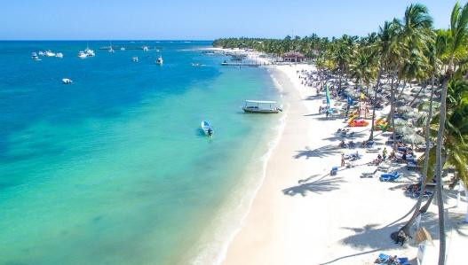 Polos turísticos de República Dominicana reportan 1,598 casos de COVID-19 en 28 días