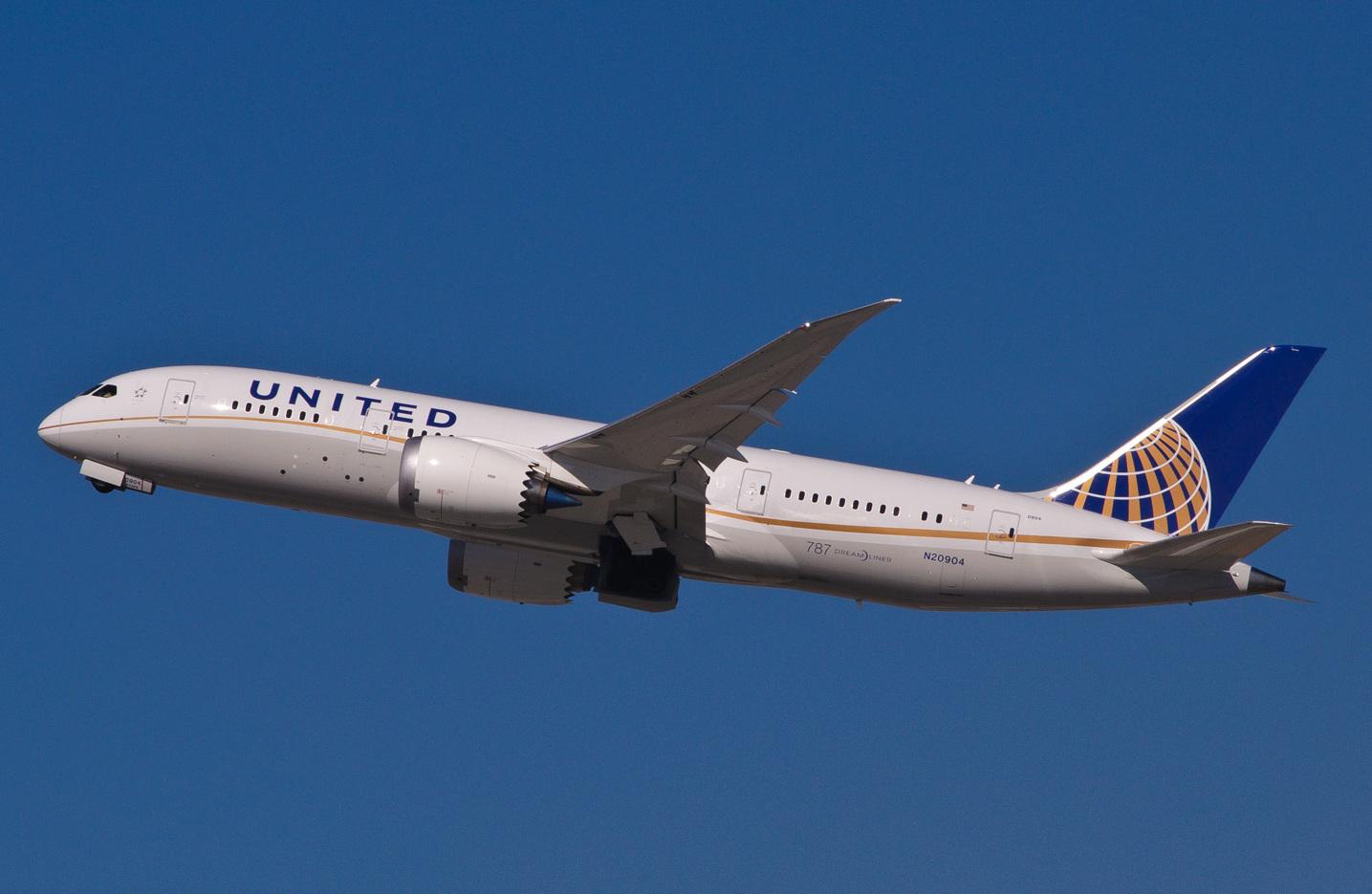 Santo Domingo, entre los destinos a los que United aumentará vuelos en invierno