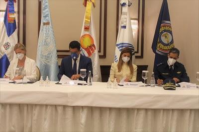 Mitur RD firma alianzas con instituciones para incentivar el desarrollo humano de las zonas turísticas