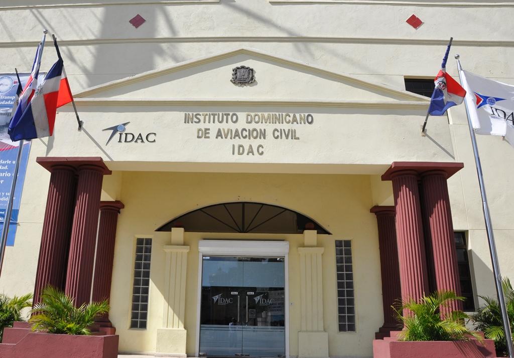 El IDAC defiende decisión sobre aeropuerto de Bávaro y argumenta irregularidades, omisiones y carencia de estudios para su aprobación