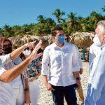 Ministro de Turismo se reúne con dirigentes turísticos el Sur