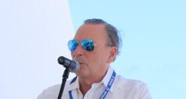 Rainieri proyecta para mayo próximo recuperación del turismo en RD
