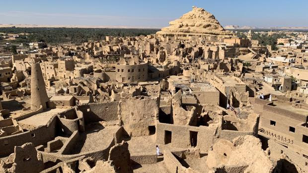 La fortaleza de barro que levantaron los bereberes hace mil años en Egipto