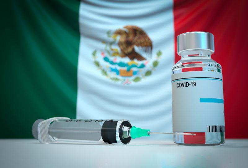 Hoteleros de Cancun, México piden al resto del turismo que compren vacunas