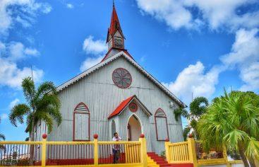 Icono cultural y religioso de la ciudad de Samaná R.D. La Churcha, preciosa iglesia que adorna el entorno urbano de Santa Barbara de Samaná