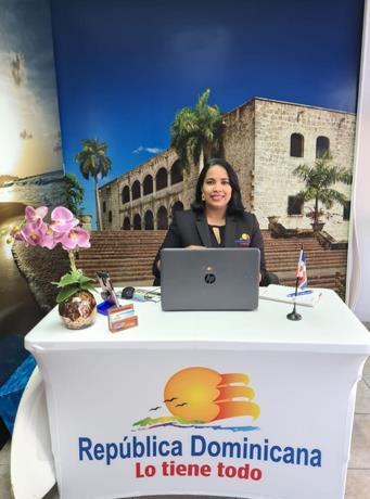 Orientan a comunidad dominicana en PR sobre nuevo formulario de viaje
